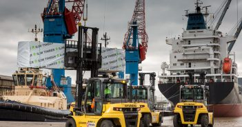 Hyundai Forklifts Hessle handover with Global Shipping at Immingham Docks