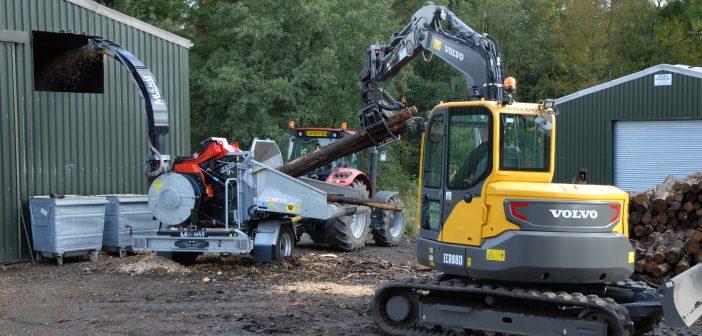 Volvo ECR88D keeps the home fires burning