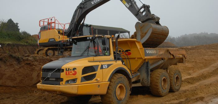 Volvo 40-tonne excavators find favour at H&S Contractors