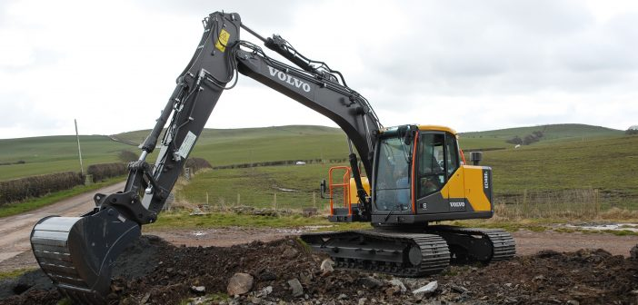 Volvo EC140E goes to work on the farm
