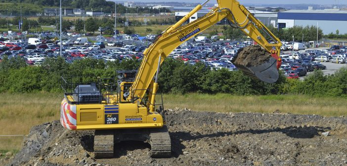First Komatsu PC360LCI-11 In Europe is kitted with Miller Attachments