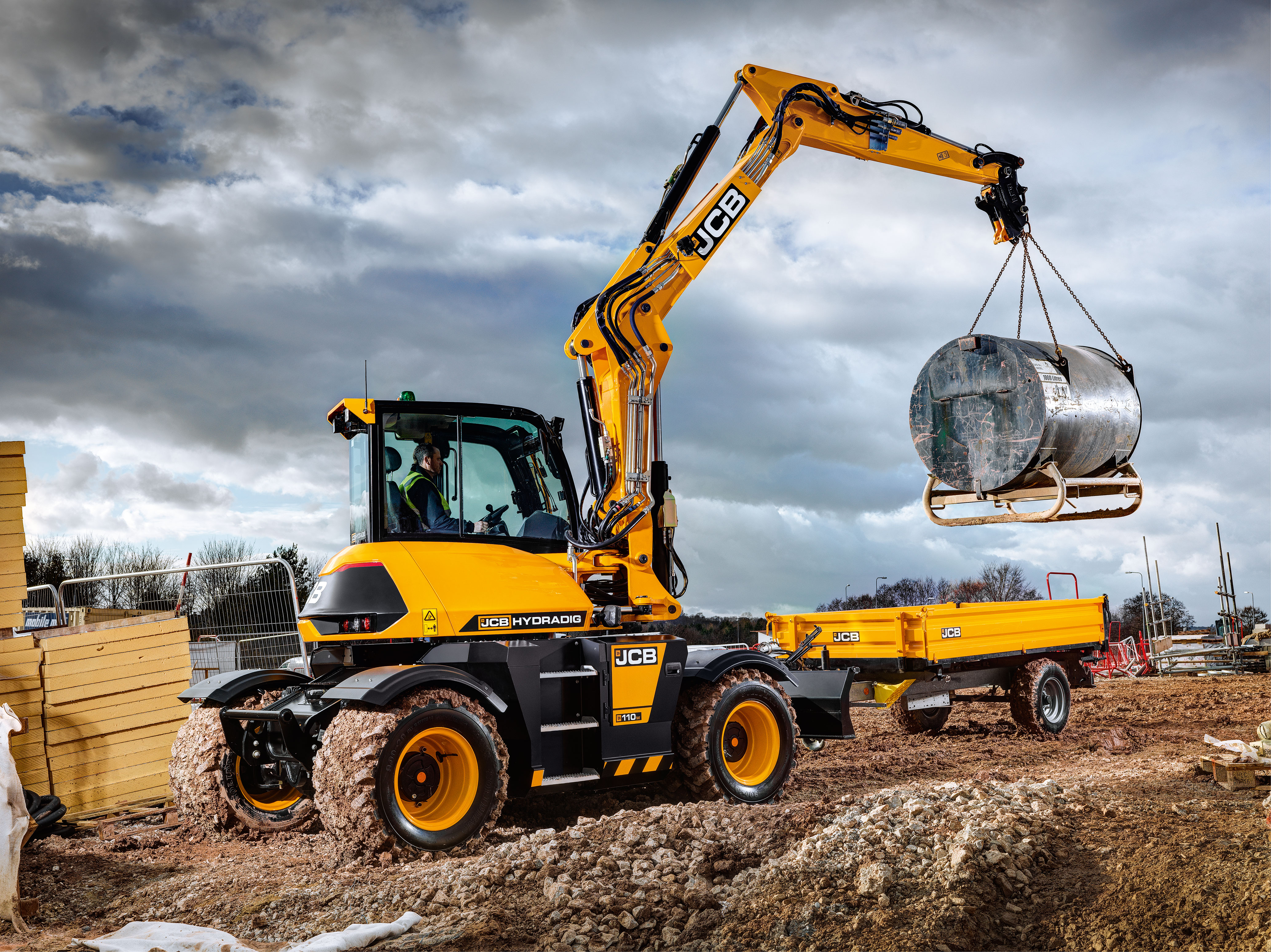 New Jobs At Jcb As Orders Flood In For The Jcb Hydradig