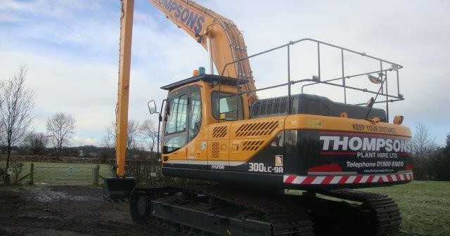 Thompson Plant Hire invest in a new Hyundai R300LC-9A Long Reach Excavator